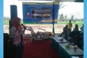 Pelatihan dan Uji Coba Mesin Rice Transplanter di Bondowoso, Situbondo 27 Juli 2016