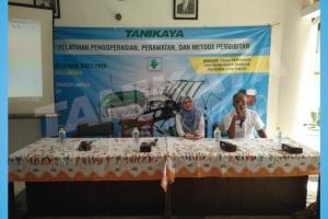 Pelatihan dan Uji Coba Mesin Rice Transplanter di Kabupaten Pamekasan 13 Desember 2017