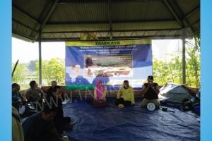 Pelatihan dan Uji Coba Mesin Rice Transplanter di Malang 15 Agustus 2016