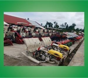 TANIKAYA-Bupati-Nabire-Serahkan-Bantuan-Alat-&-Mesin-Pertanian-Kepada-Kelompok-Tani-Kampung-Bumi-Raya